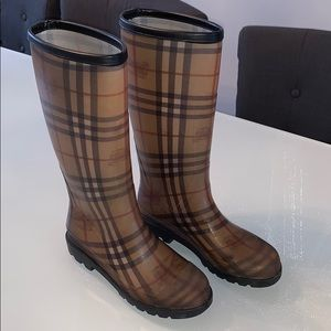 Burberry Tall Rain Boot with original box